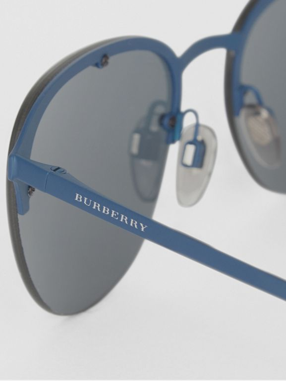 Round Frame Sunglasses in Blue - Men | Burberry Hong Kong - cell image 1