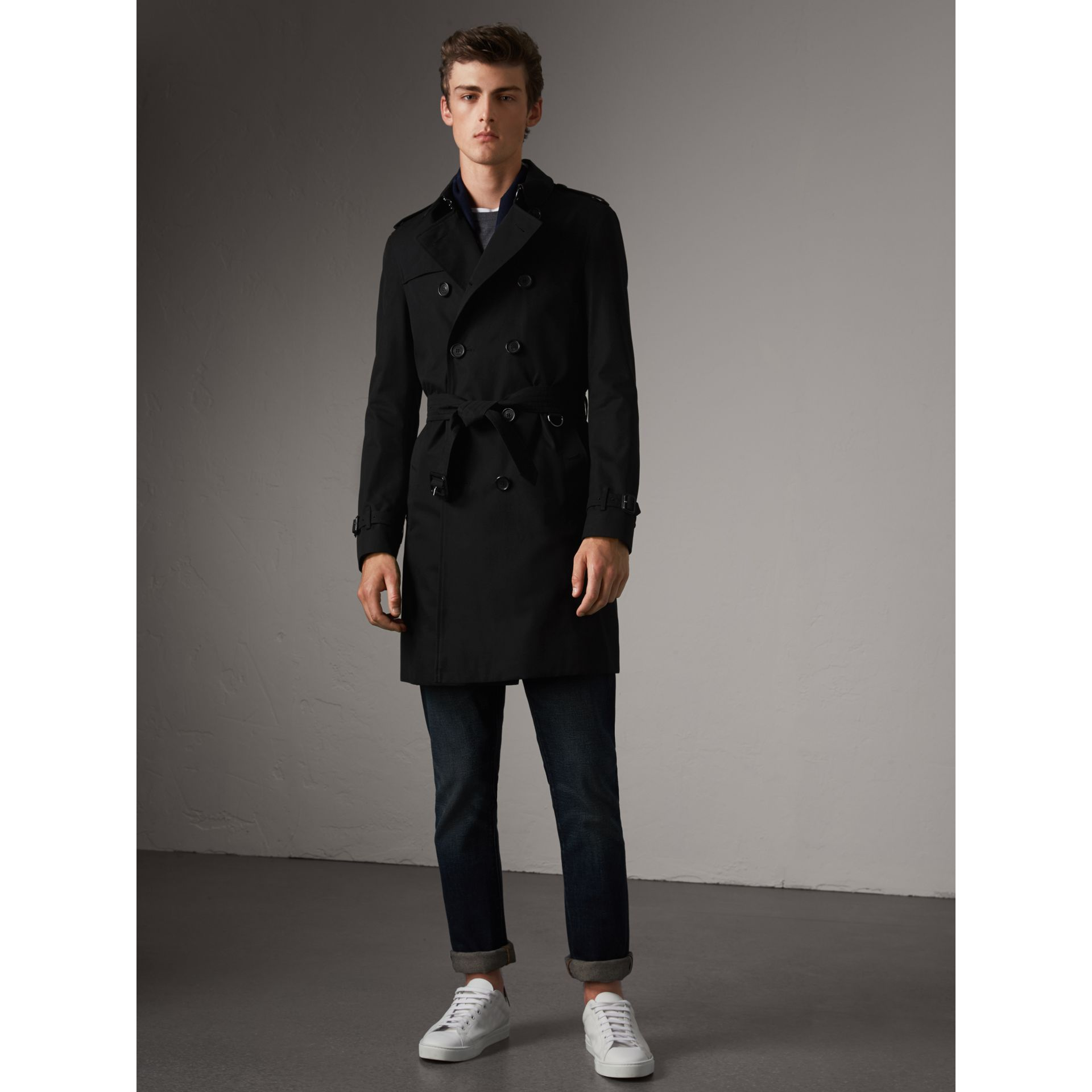 The Chelsea – Long Trench Coat in Black - Men | Burberry - gallery image 7