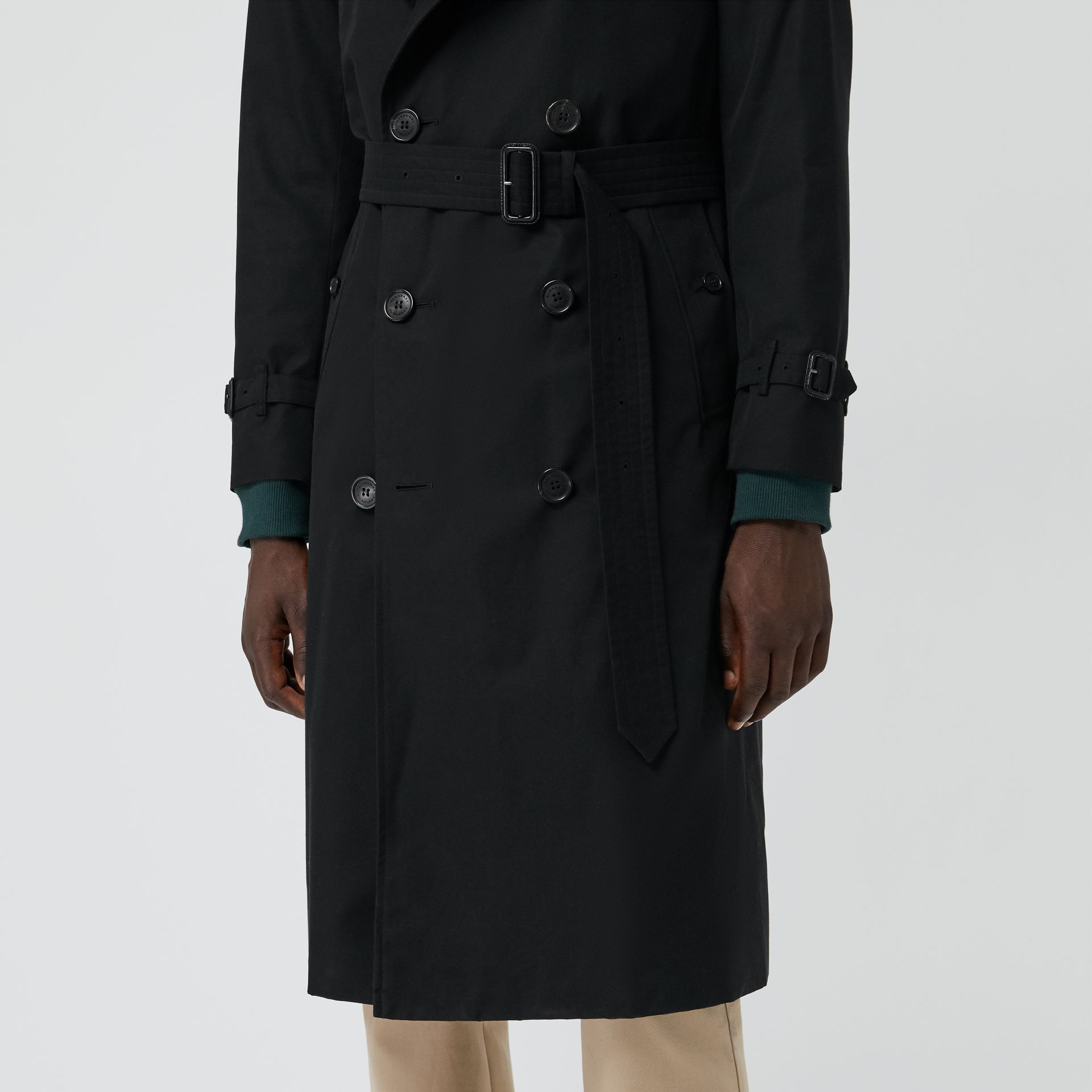 The Long Chelsea Heritage Trench Coat in Black - Men | Burberry Singapore - gallery image 1