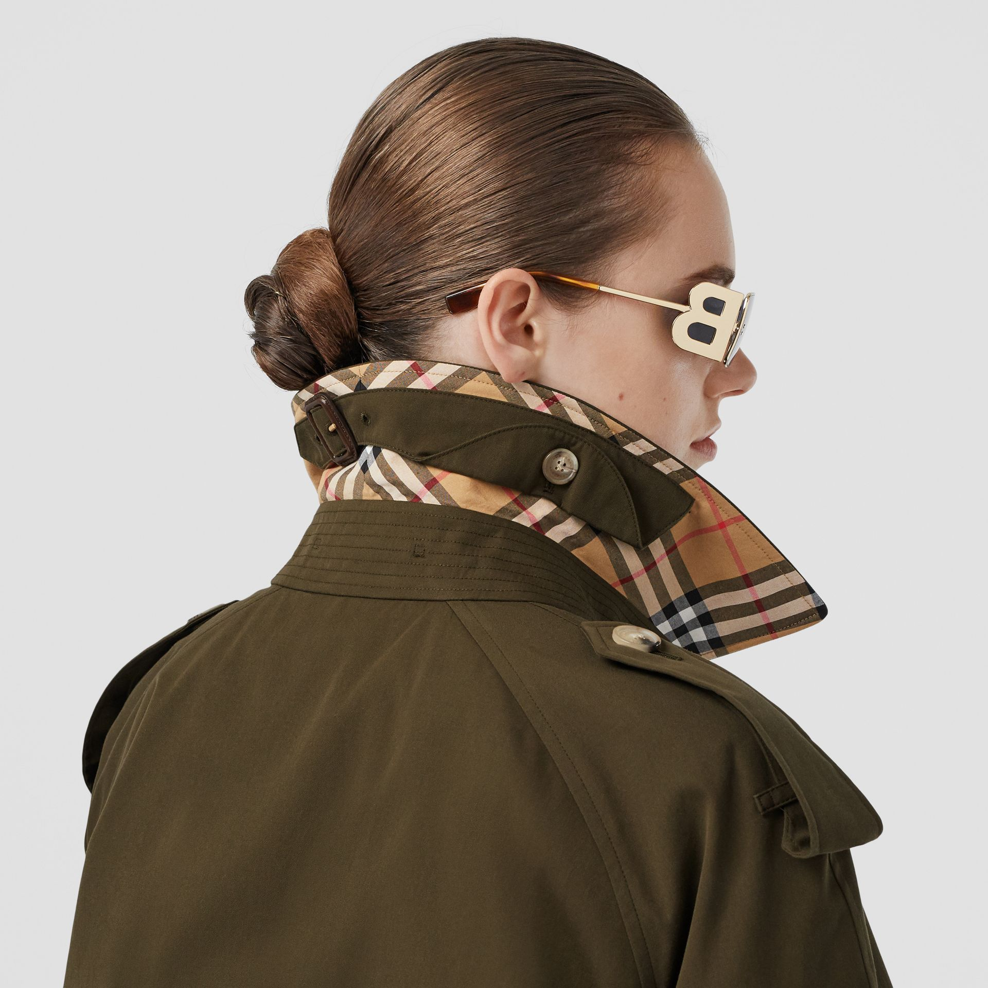 Trench coat Heritage The Westminster lungo (Cachi Militare Scuro) - Donna | Burberry - immagine della galleria 4