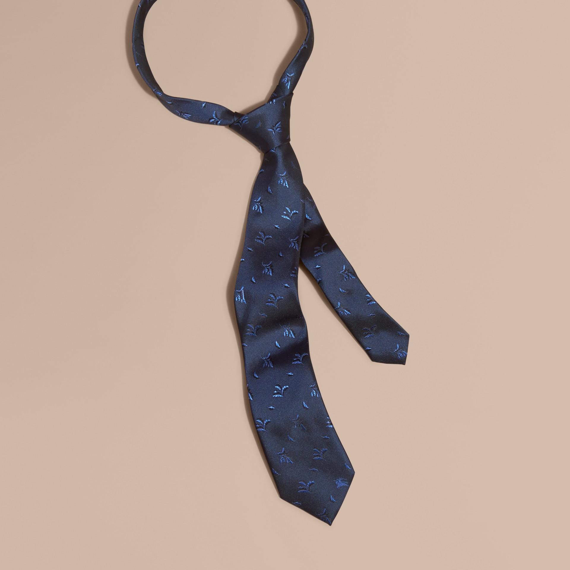Hydrangea blue Modern Cut Leaf Jacquard Silk Tie Hydrangea Blue - gallery image 1
