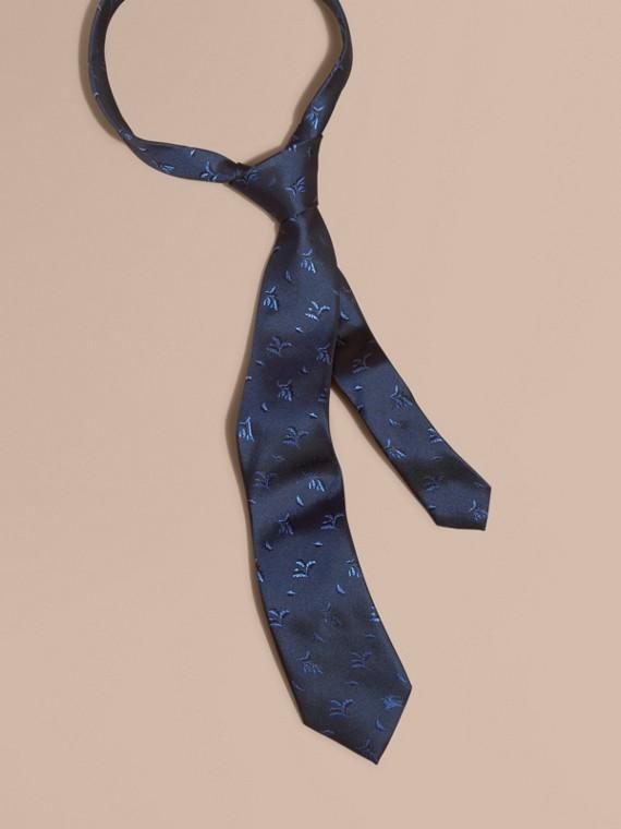 Modern Cut Leaf Jacquard Silk Tie Hydrangea Blue