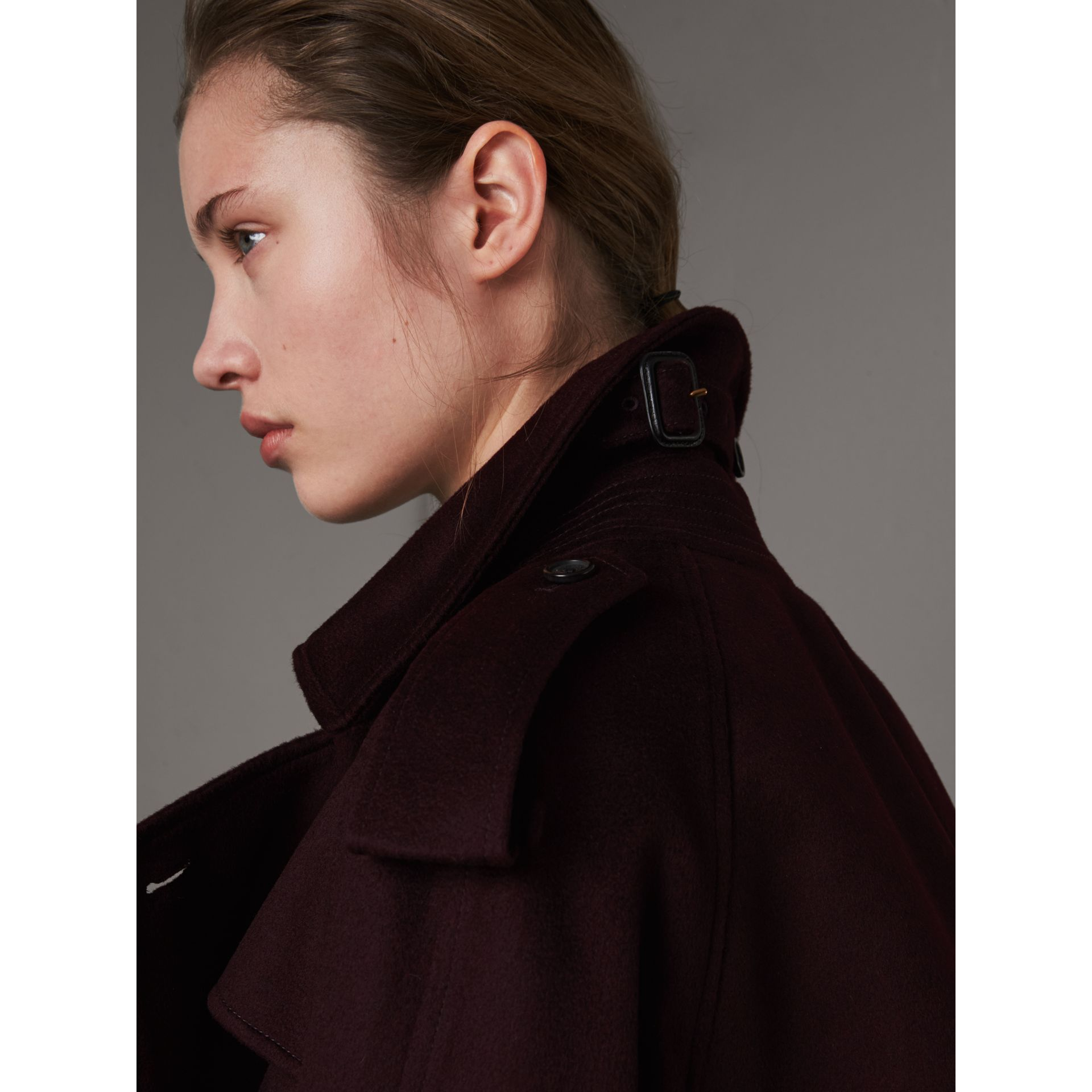 Cashmere Trench Coat in Blackcurrant - Women | Burberry - gallery image 2