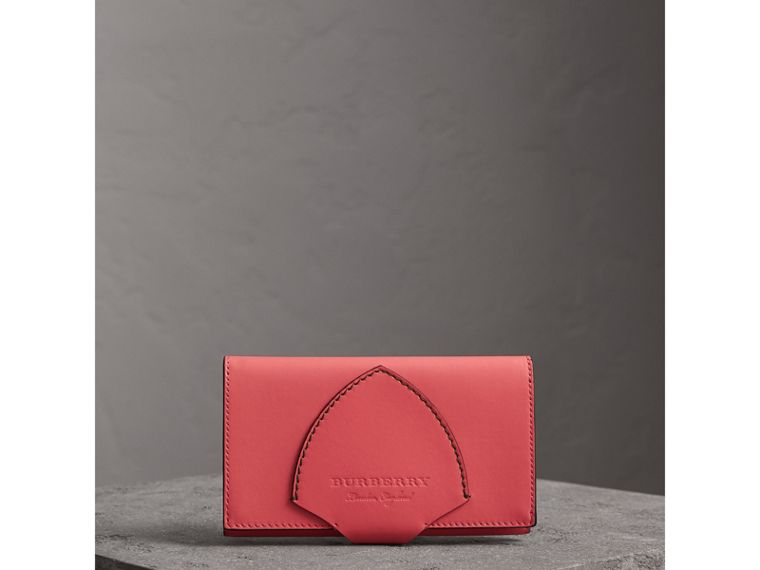 Equestrian Shield Two-tone Leather Continental Wallet in Peony Pink - Women | Burberry United Kingdom - cell image 4