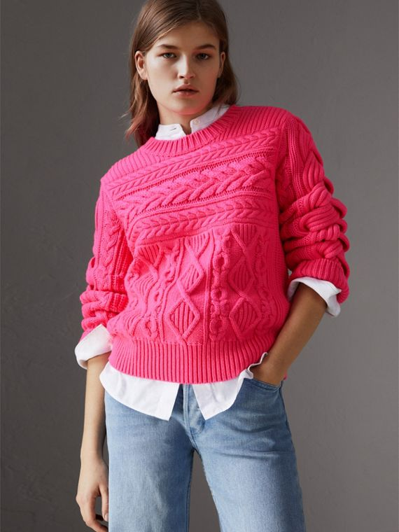 Aran Knit Wool Cashmere Sweater in Bright Rose Pink