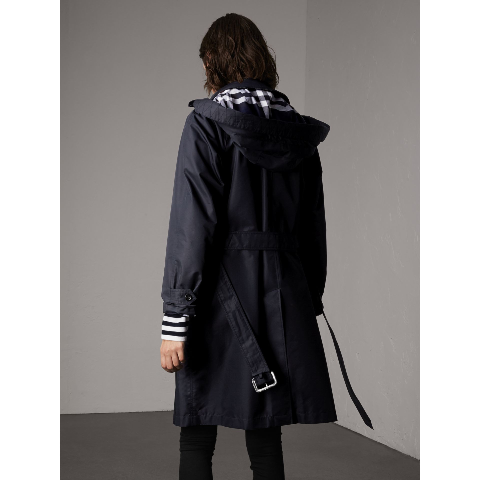 Detachable Hood Cotton Blend Car Coat in Navy - Women | Burberry - gallery image 2