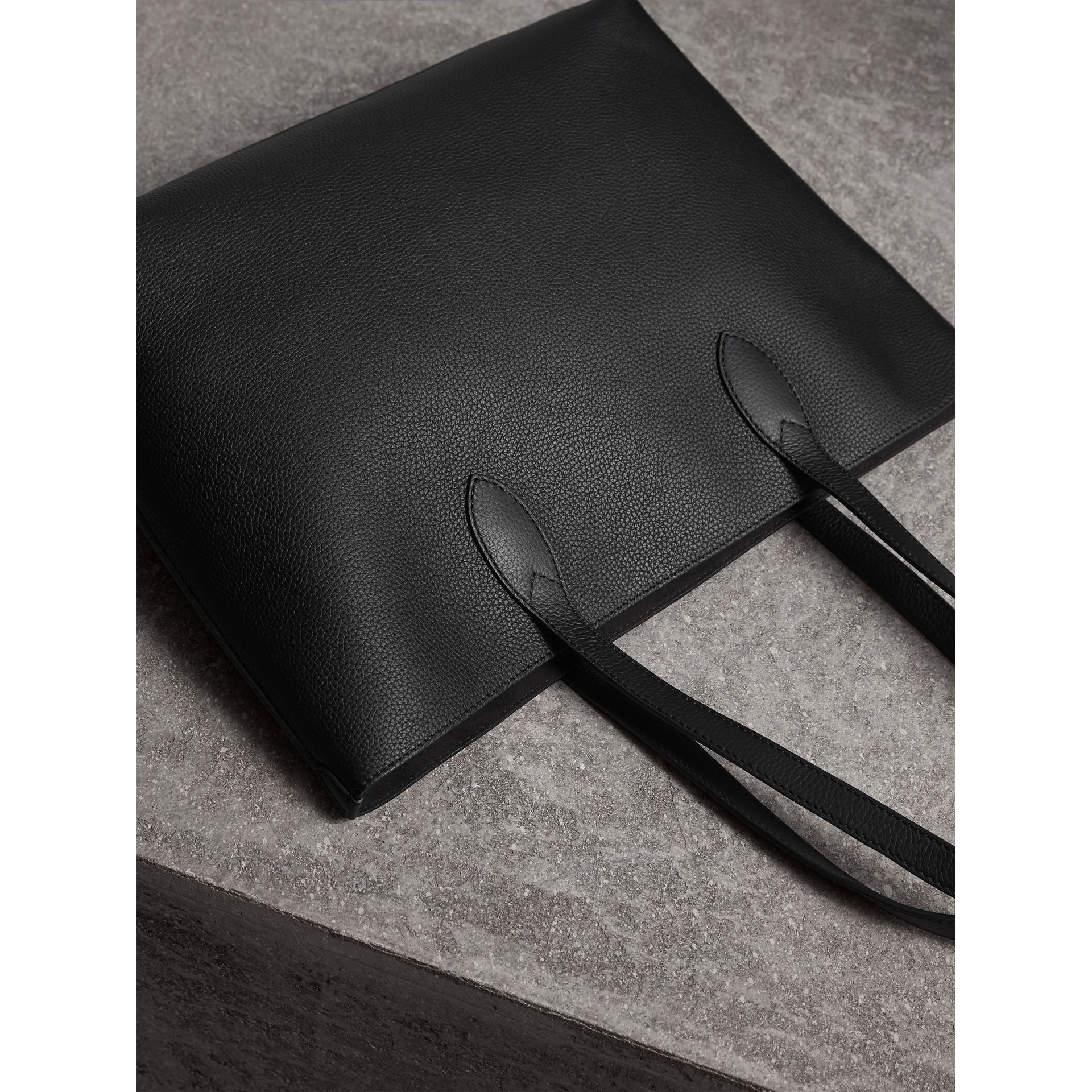 Medium Embossed Leather Tote in Black | Burberry - gallery image 4