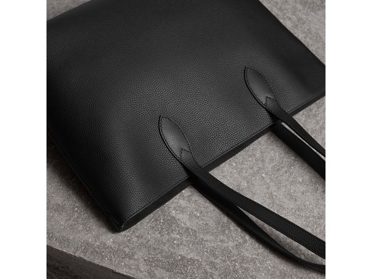 Large Embossed Leather Tote in Black | Burberry - cell image 4