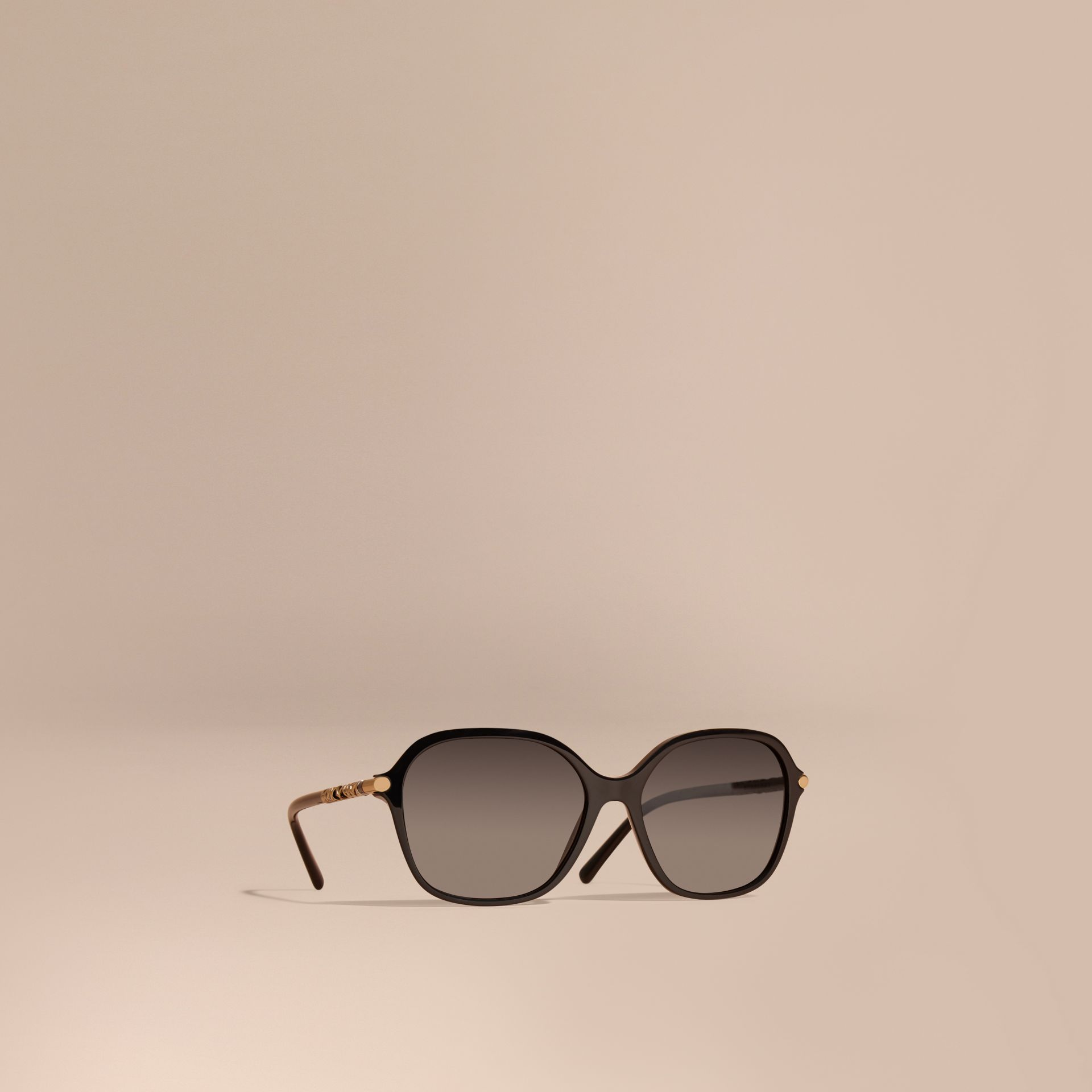 Check Detail Round Frame Sunglasses - gallery image 1