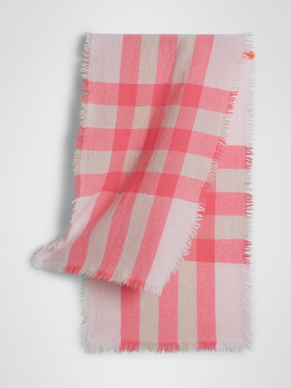Lightweight Check Wool and Cashmere Scarf in Pale Blossom