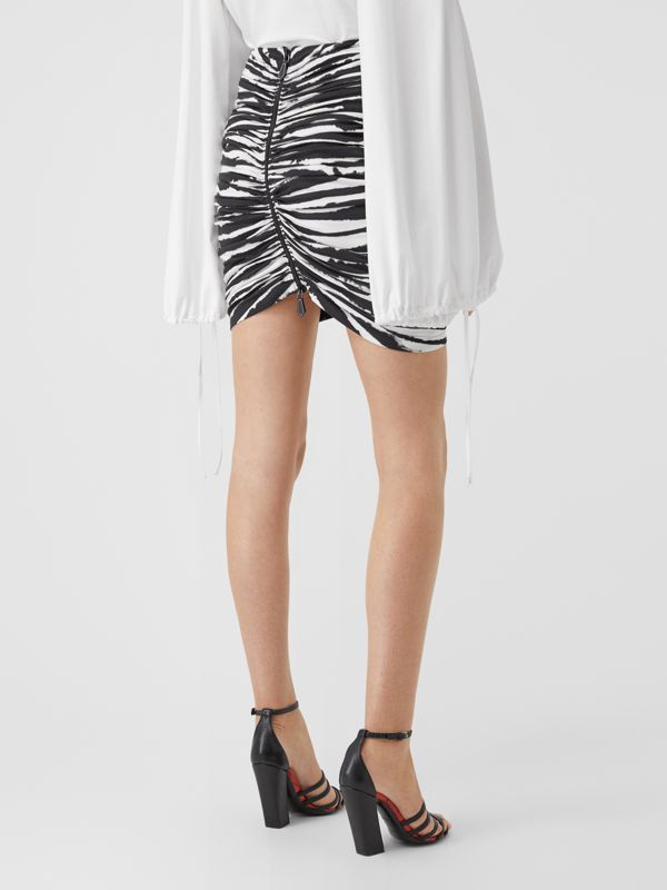 Zip Detail Watercolour Print Stretch Cotton Mini Skirt in Monochrome - Women | Burberry - cell image 2