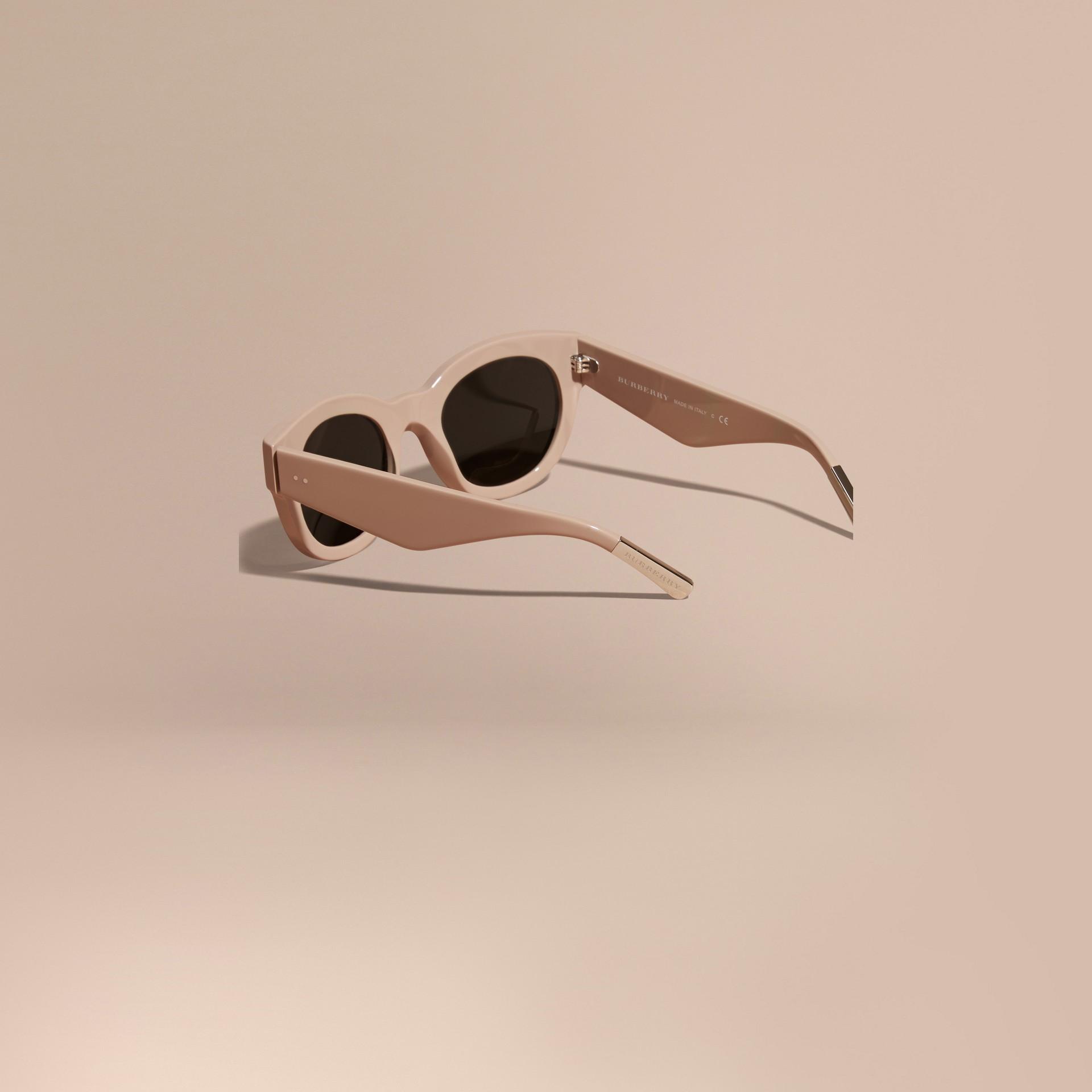 Nude Cat-eye Sunglasses Nude - gallery image 4
