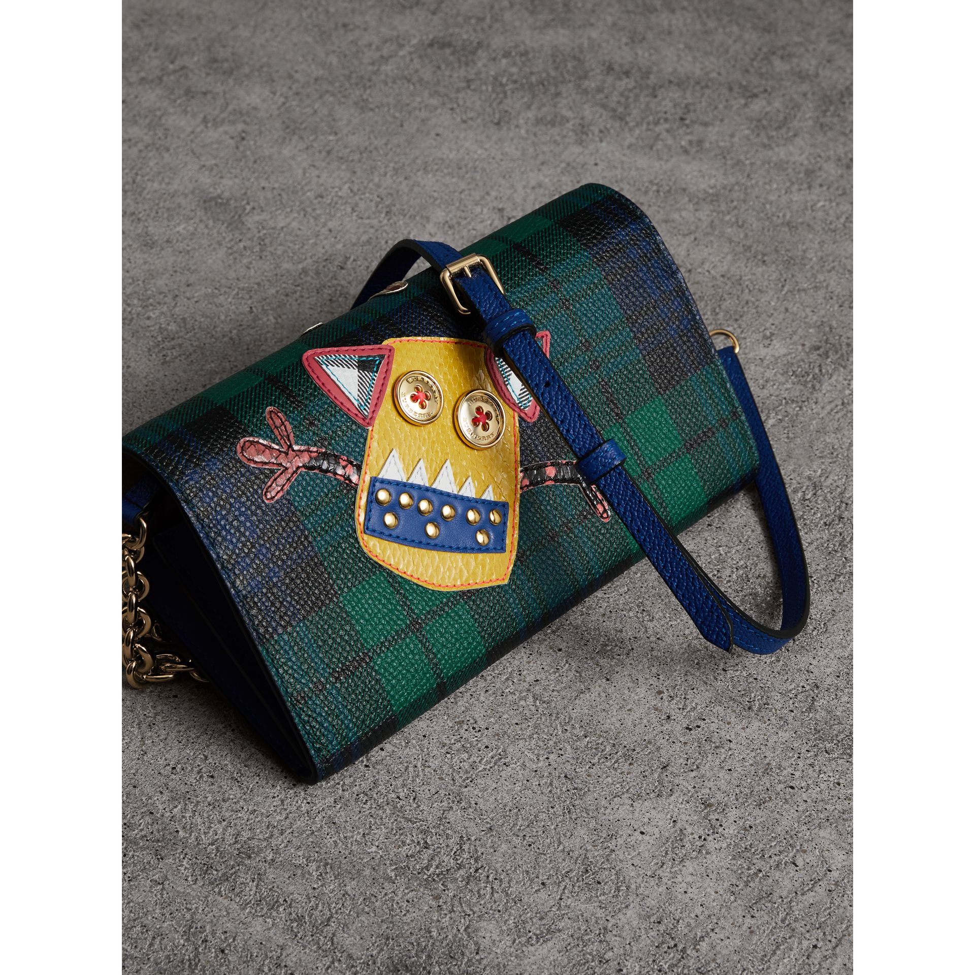 Creature Appliqué Tartan Leather Wallet with Chain in Bright Navy - Women | Burberry - gallery image 3