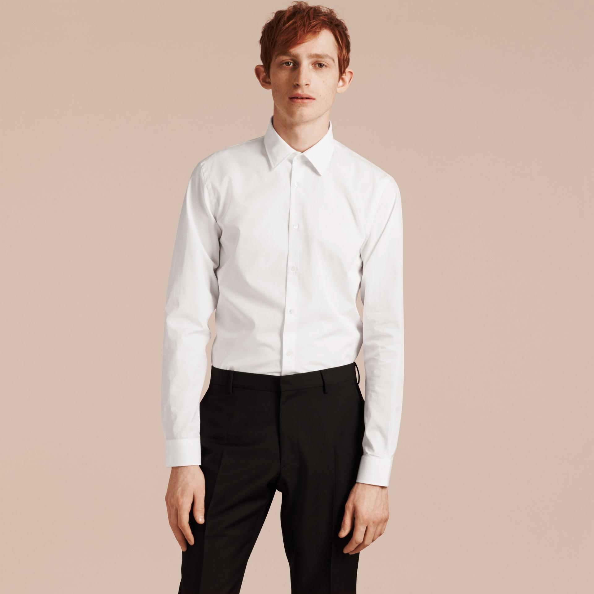 Blanc Chemise ajustée en popeline de coton Blanc - photo de la galerie 6