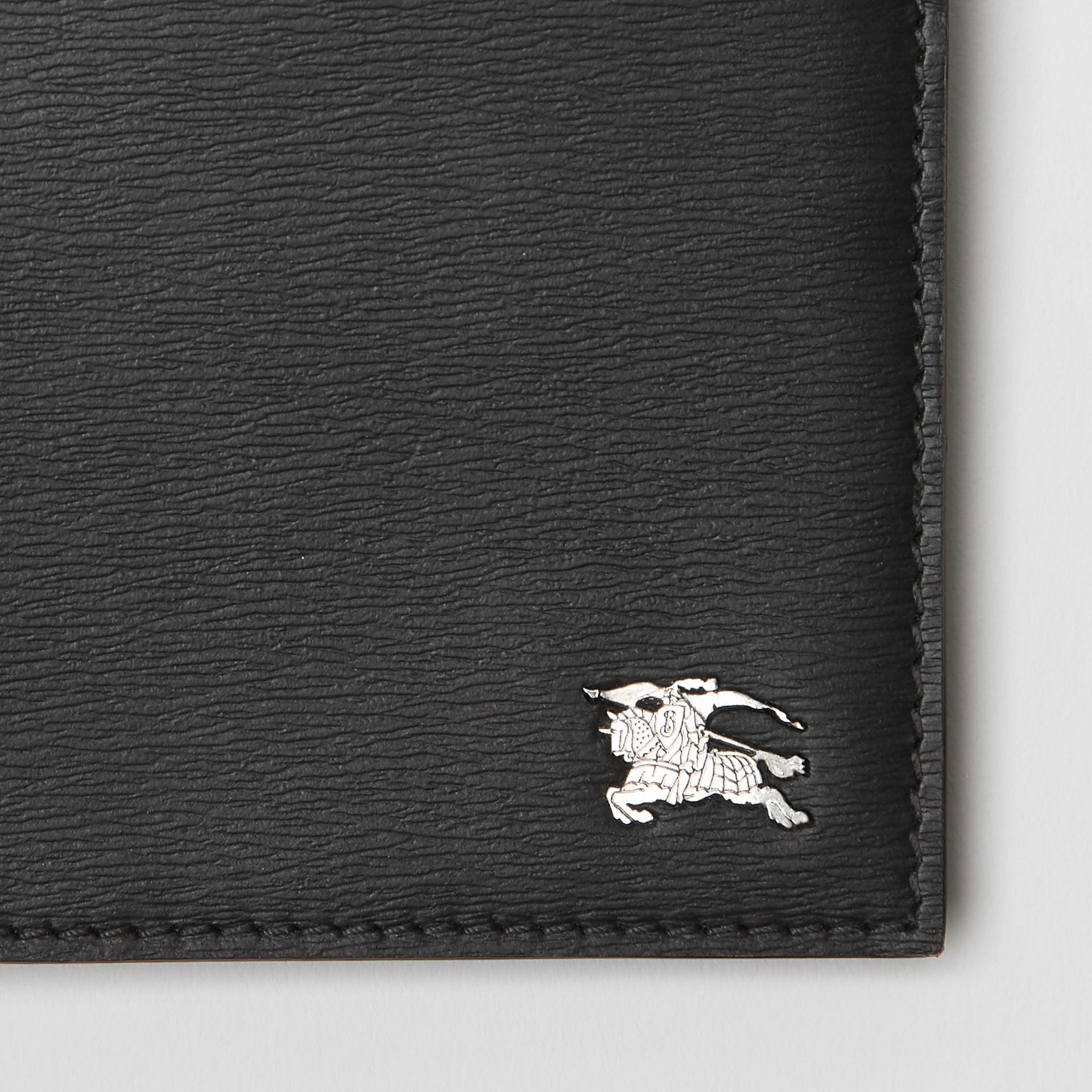London Leather International Bifold Wallet in Black - Men | Burberry Hong Kong - gallery image 1