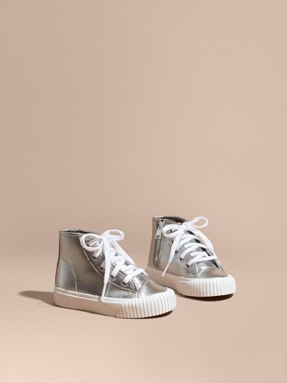 Zapatillas deportivas de botín en piel metalizada