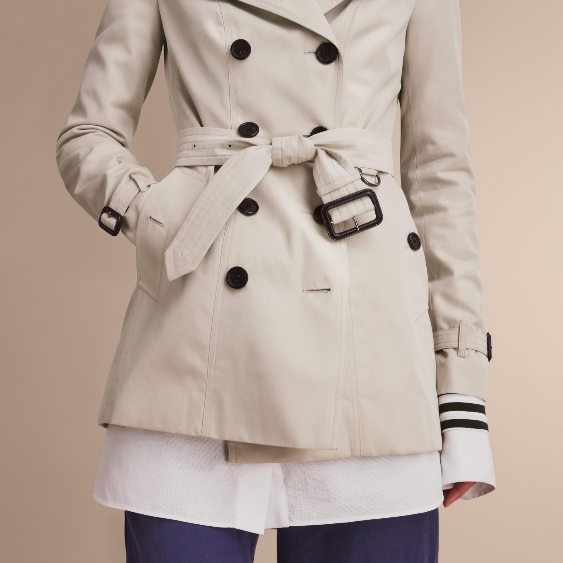 Pietra The Sandringham - Trench coat Heritage corto Pietra - immagine della galleria 7