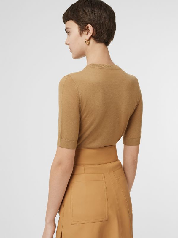 Short-sleeve Rib Knit Cashmere Sweater in Camel - Women | Burberry - cell image 2