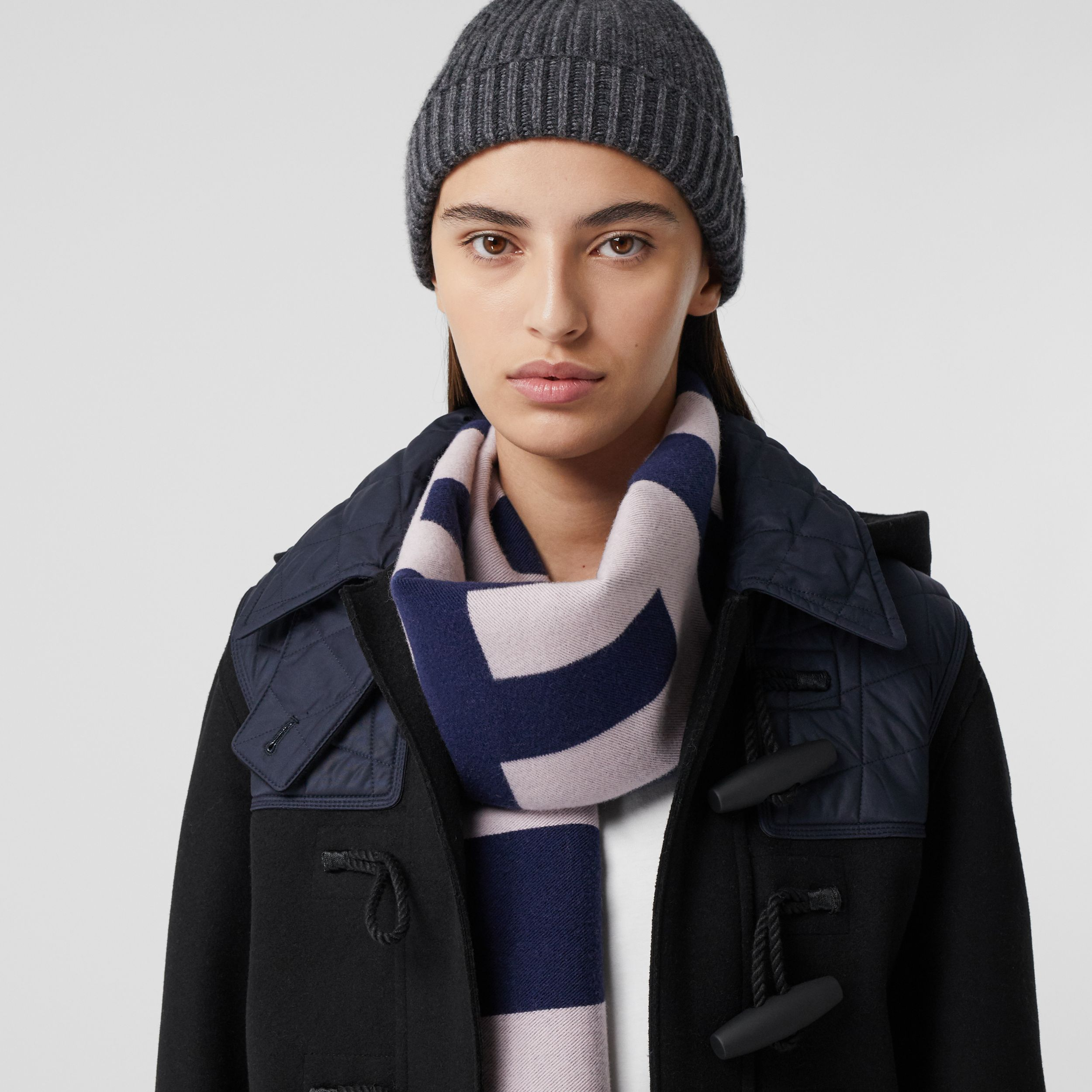 Logo Wool Jacquard Scarf in Navy | Burberry Singapore - 3