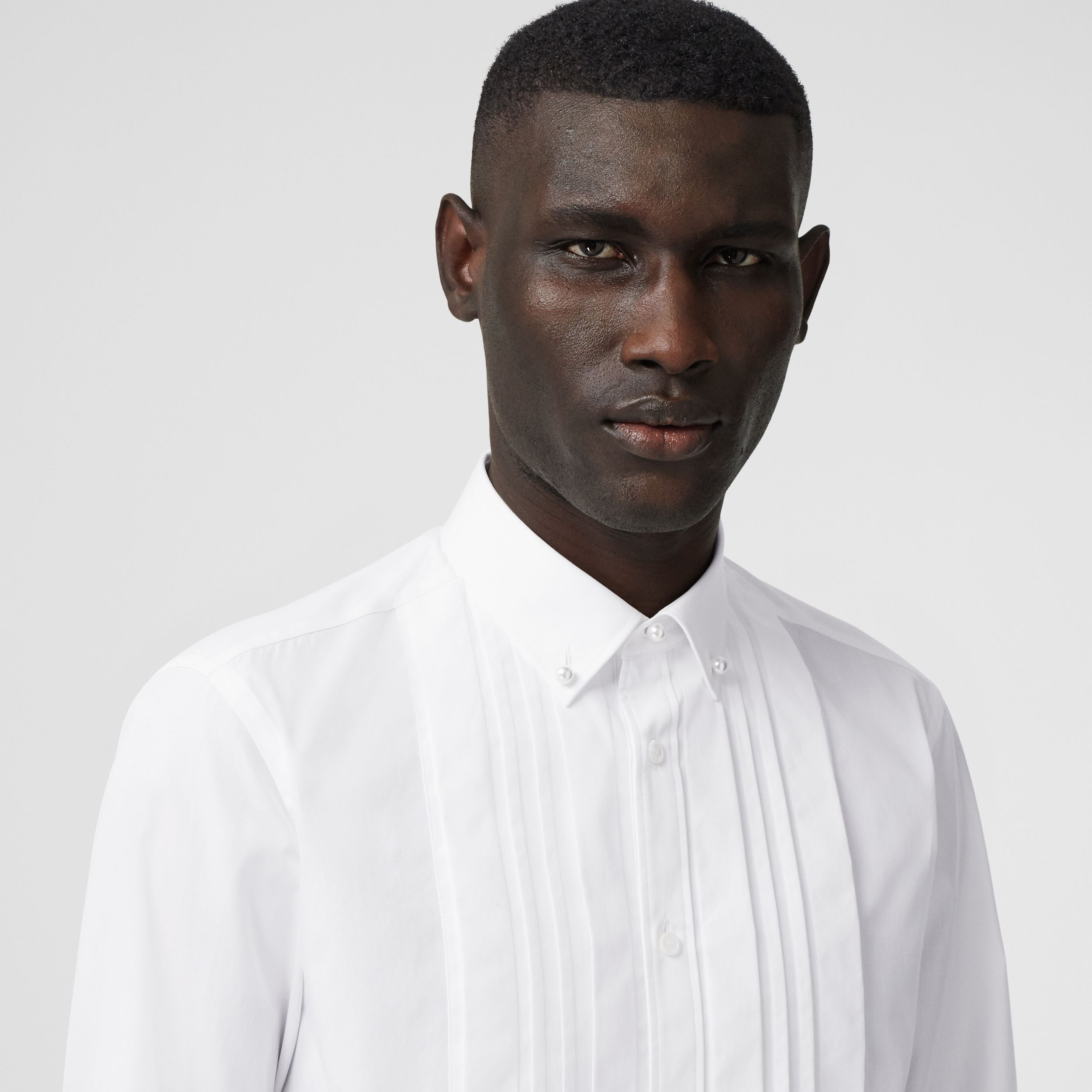 Resin Pearl Detail Cotton Poplin Dress Shirt in White - Men | Burberry - 2