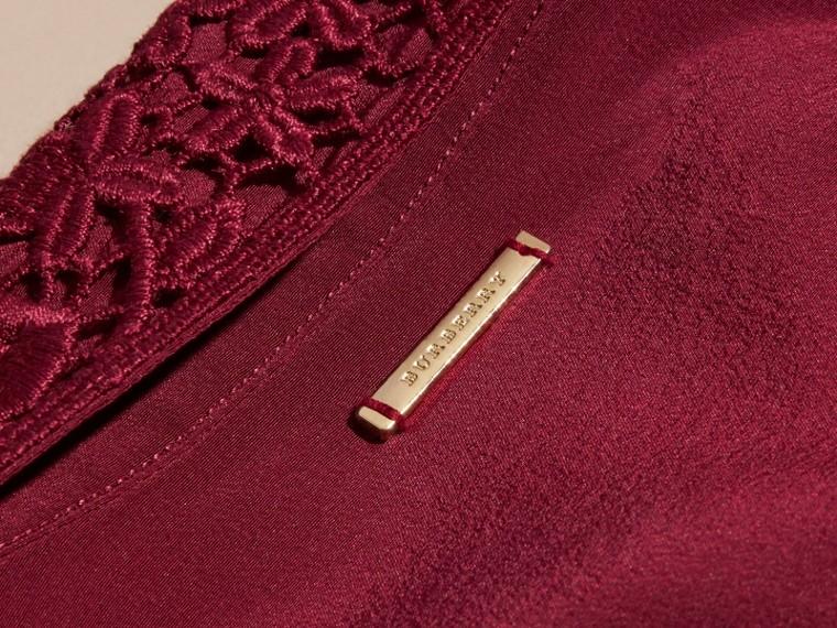 Cremisi scuro Camicia in seta con colletto in pizzo Cremisi Scuro - cell image 1