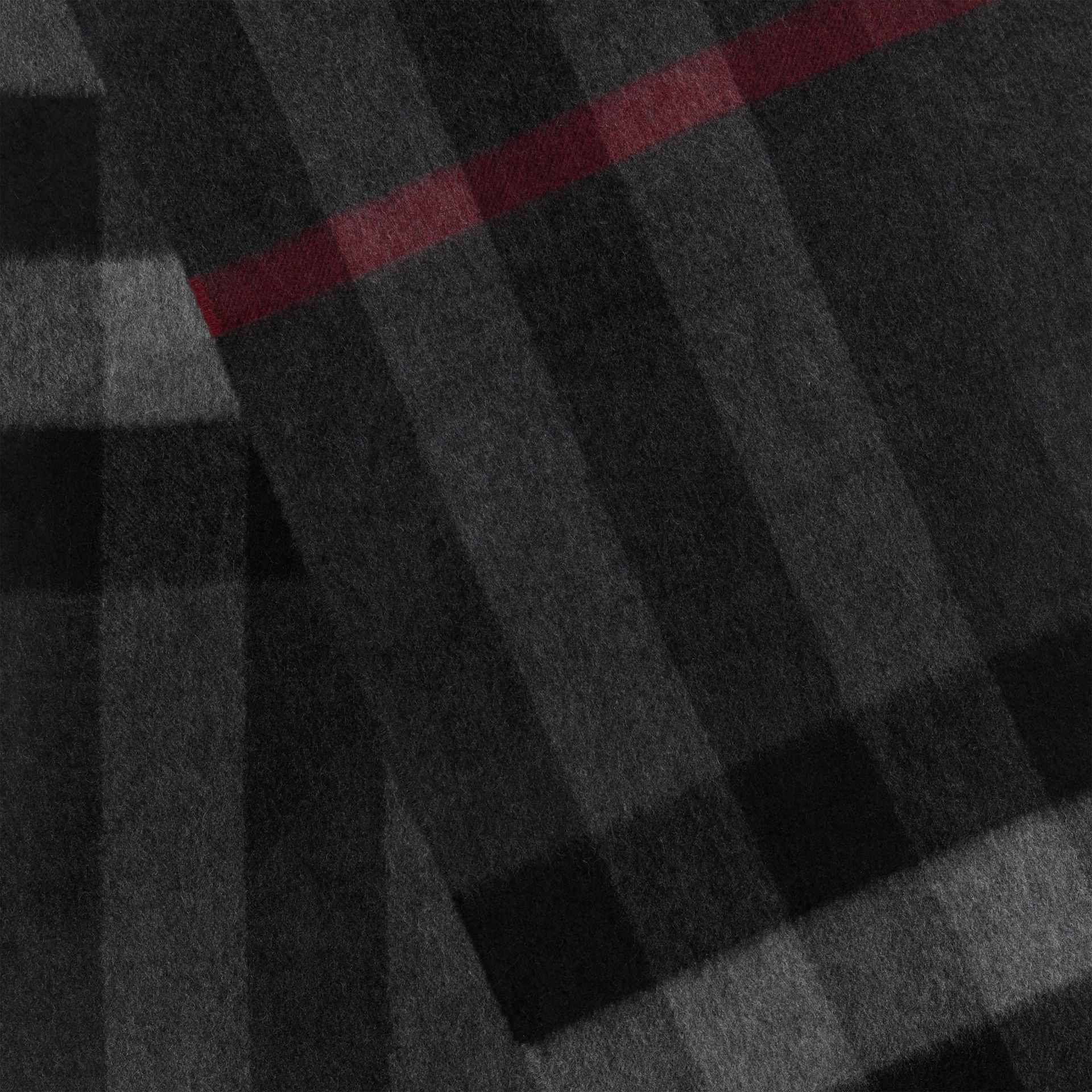 The Large Classic Cashmere Scarf in Check in Charcoal | Burberry - gallery image 1