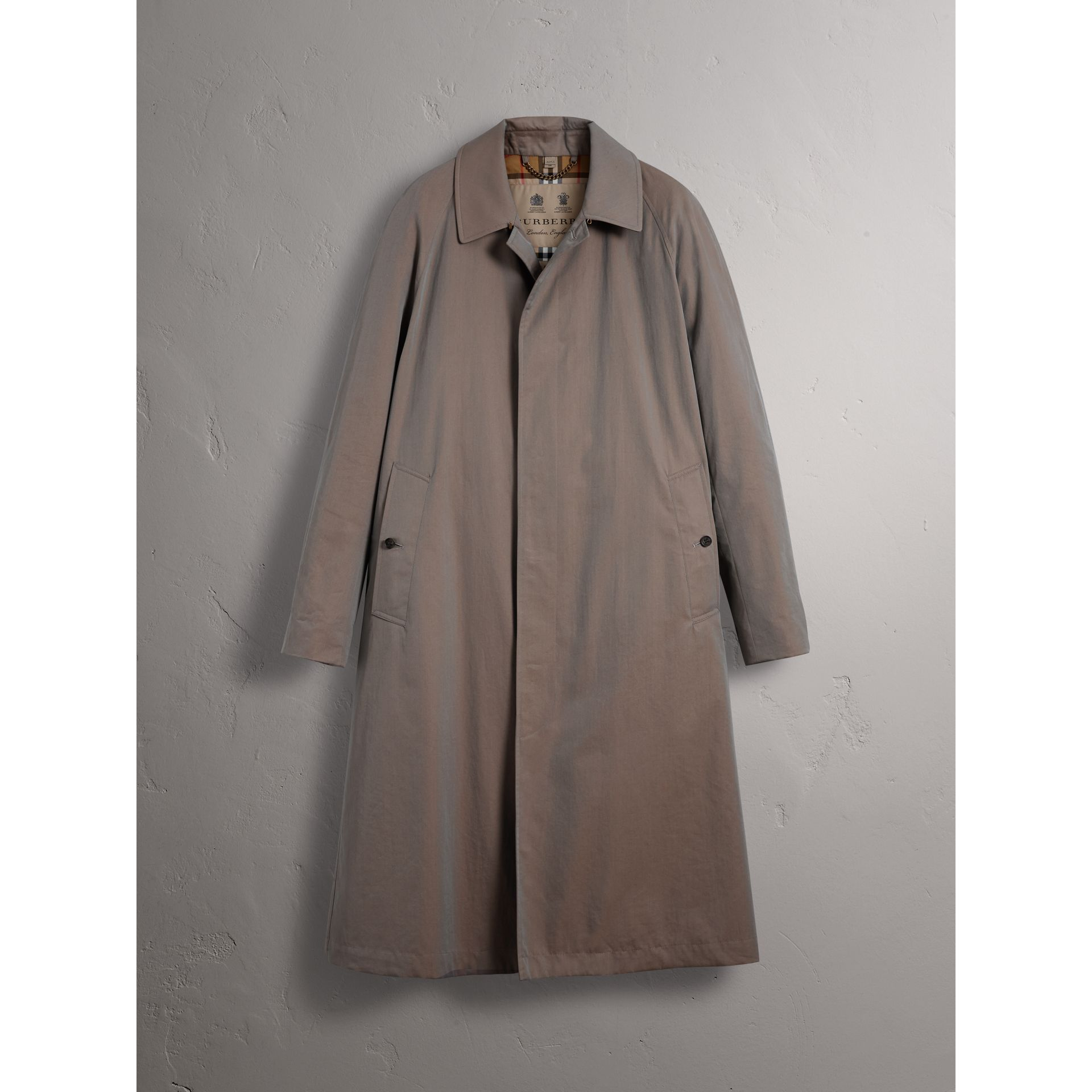 The Brighton – Car Coat extra-long – Exclusivité en ligne (Gris Lilas) - Homme | Burberry - photo de la galerie 4