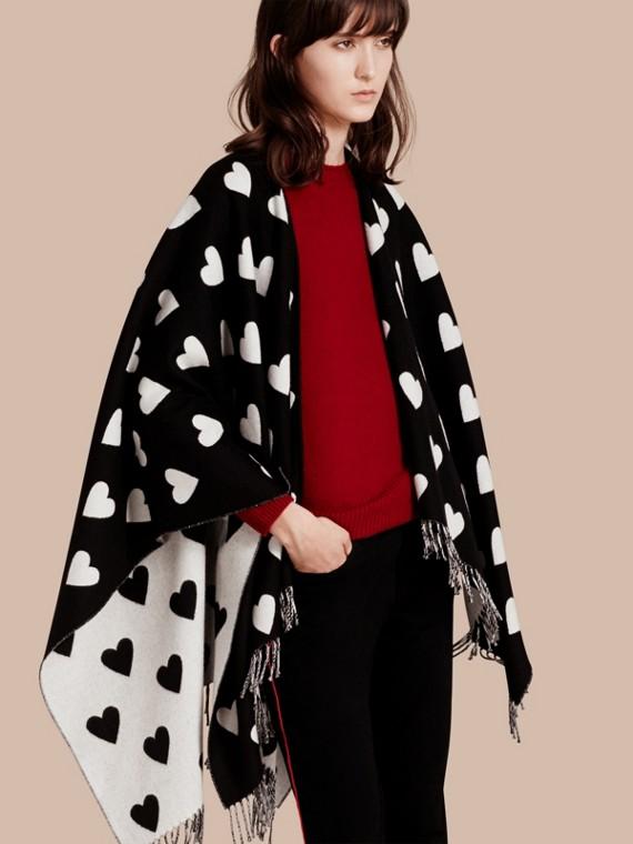 Heart Jacquard Merino Wool Poncho Ivory/black