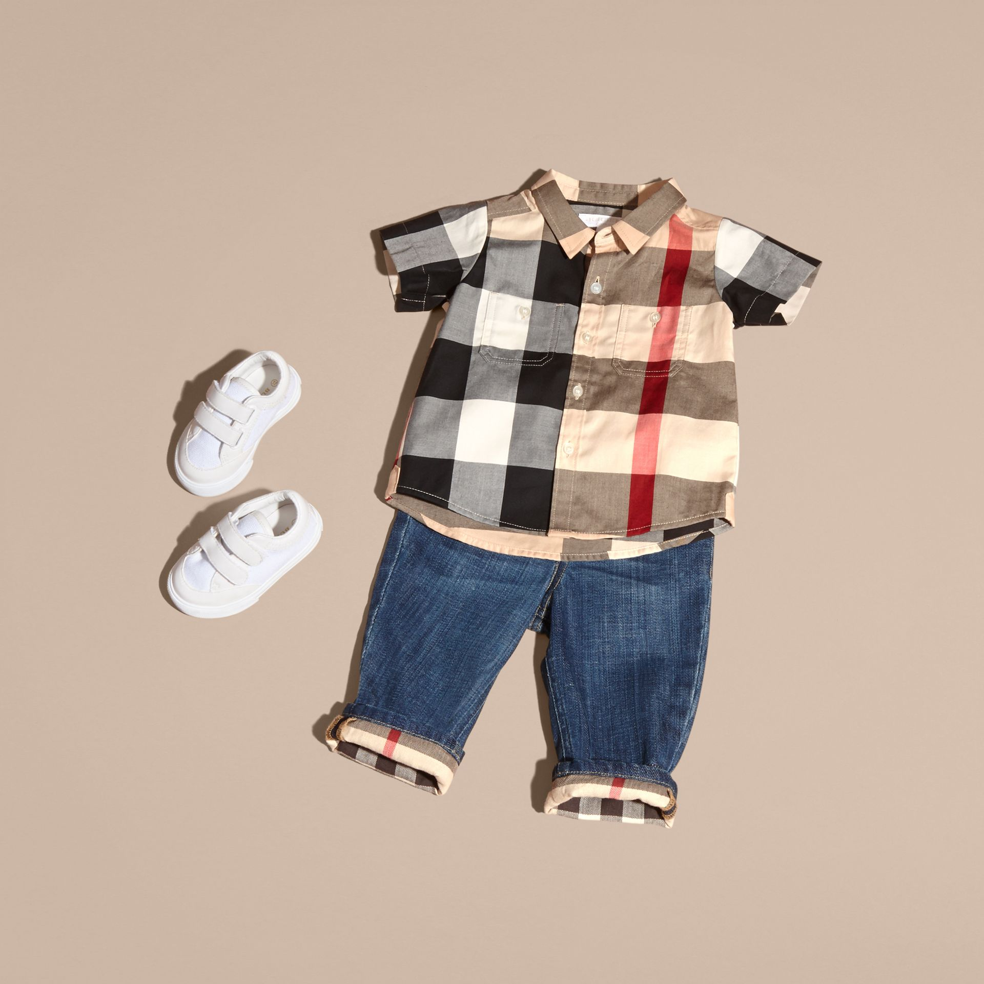 Short-sleeve Check Cotton Shirt in New Classic - Children | Burberry United Kingdom - gallery image 3