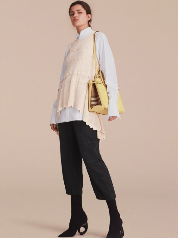 Sac The Banner medium en cuir et coton House check (Jaune Camomille) - Femme | Burberry - cell image 2