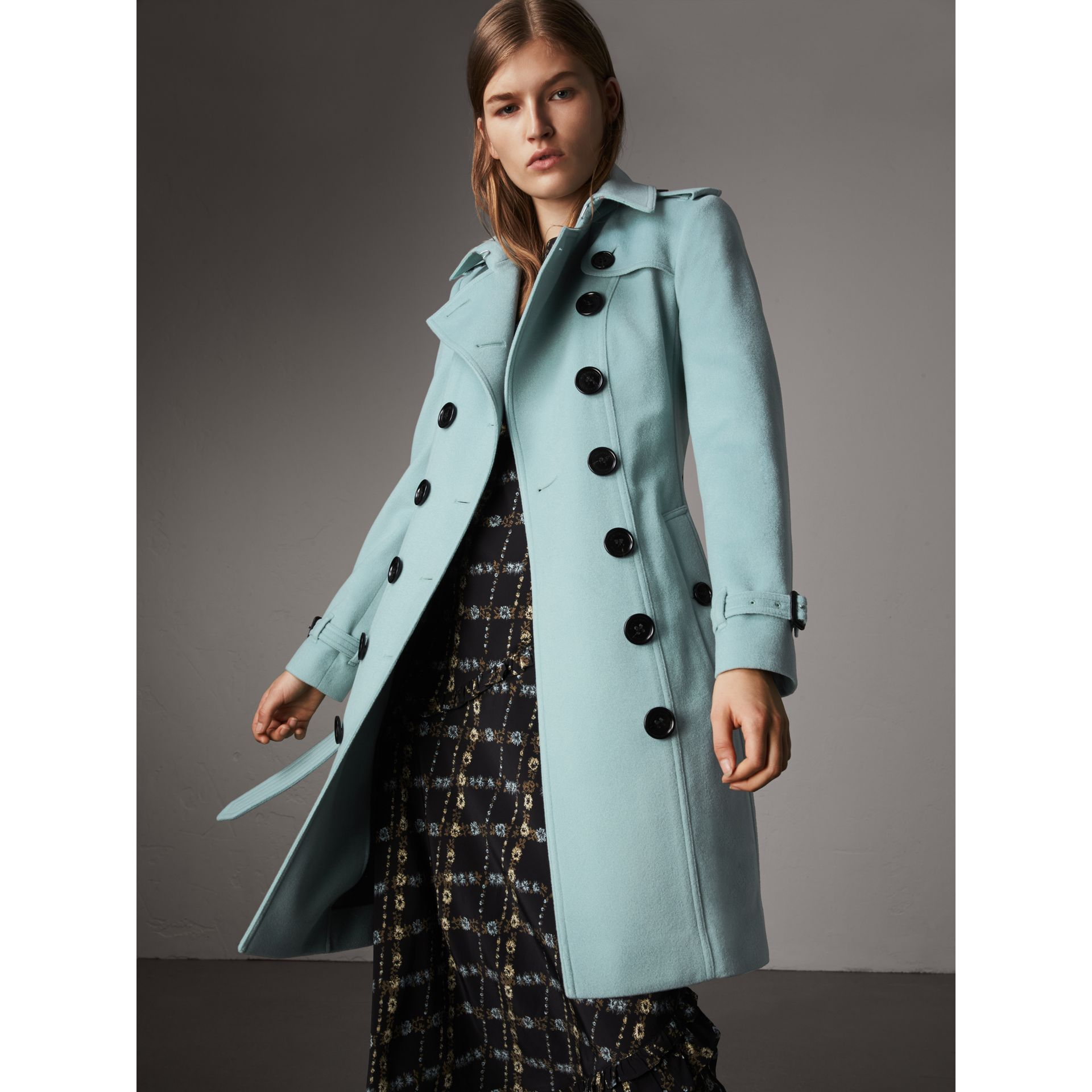 Sandringham Fit Cashmere Trench Coat in Pale Mineral Blue - Women | Burberry - gallery image 7