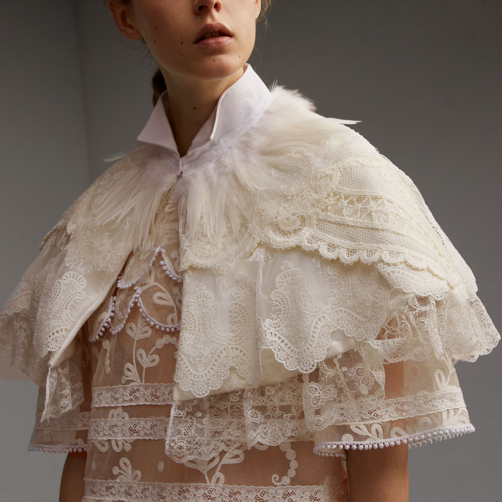 Feather Collar Detail Layered Lace Capelet in White - Women | Burberry Singapore - gallery image 5