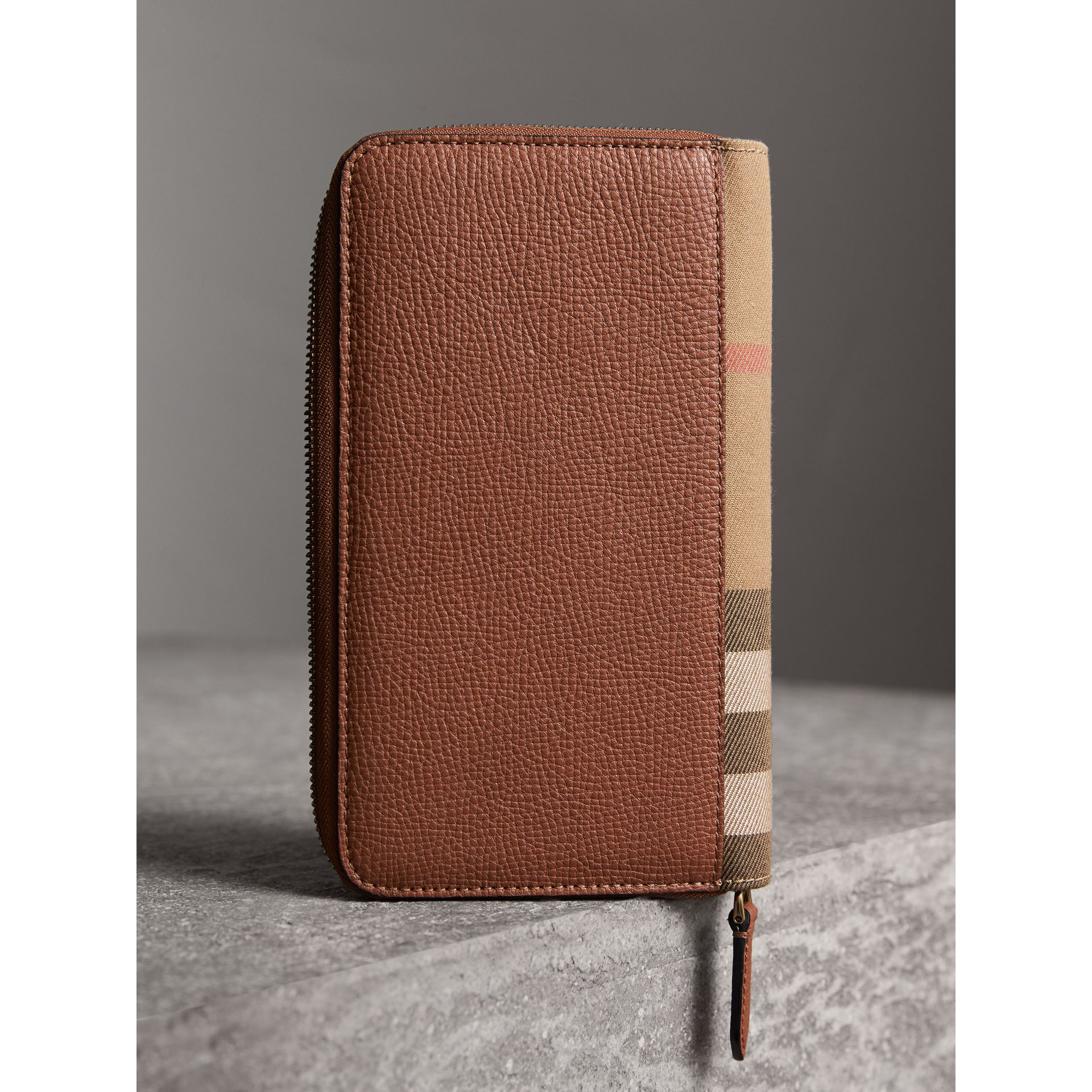 House Check and Grainy Leather Ziparound Wallet in Chestnut Brown | Burberry Singapore - gallery image 2