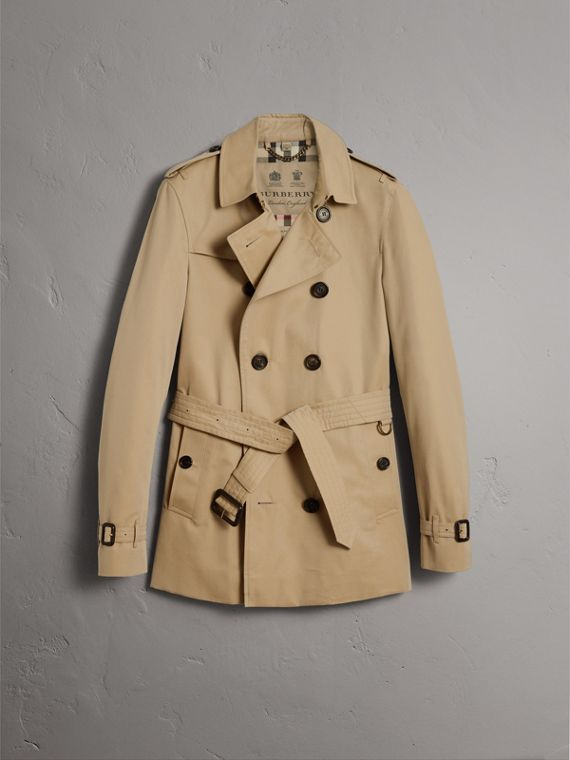 The Chelsea – Short Heritage Trench Coat in Honey - Men | Burberry Australia - cell image 3