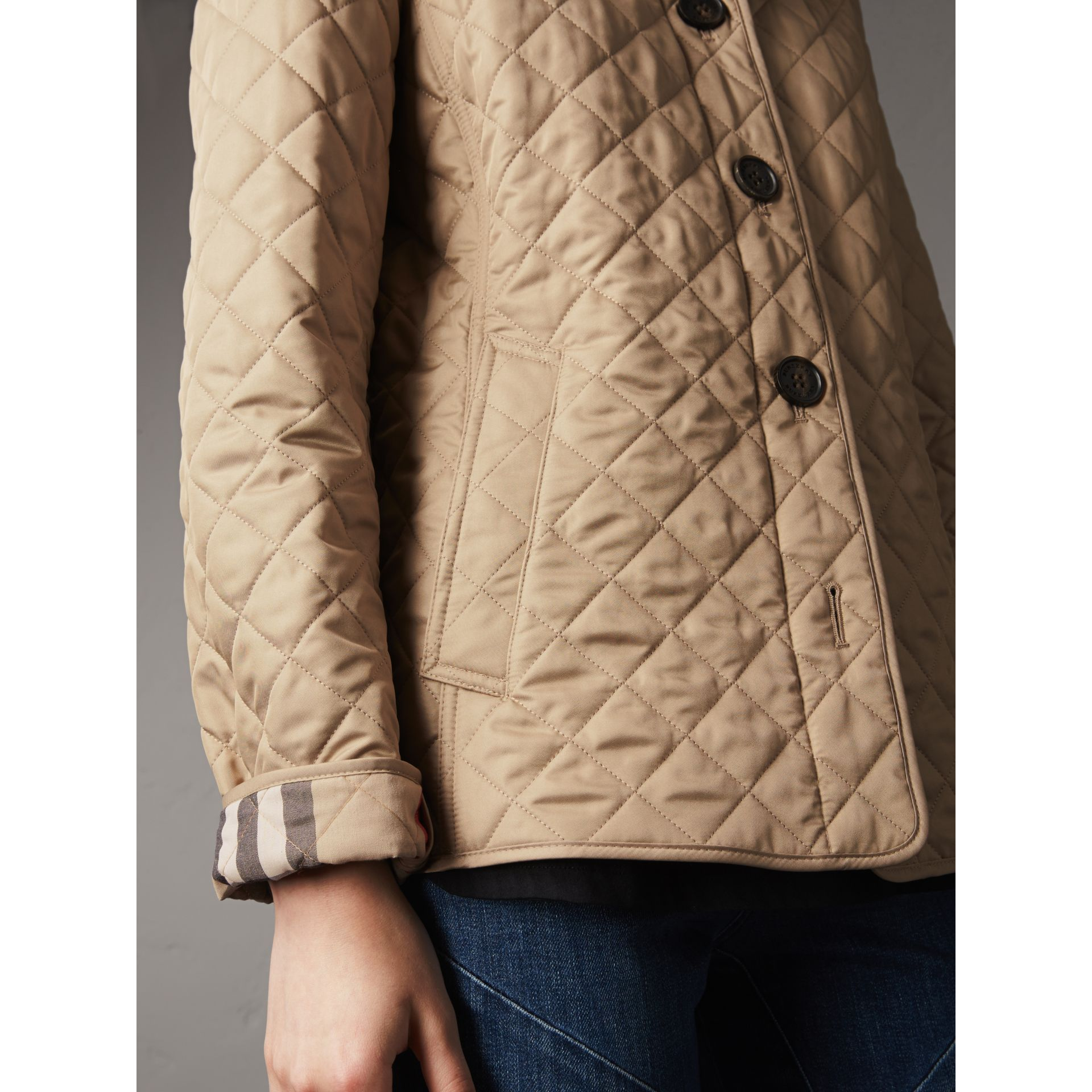 Diamond Quilted Jacket in Canvas - Women | Burberry Australia - gallery image 4