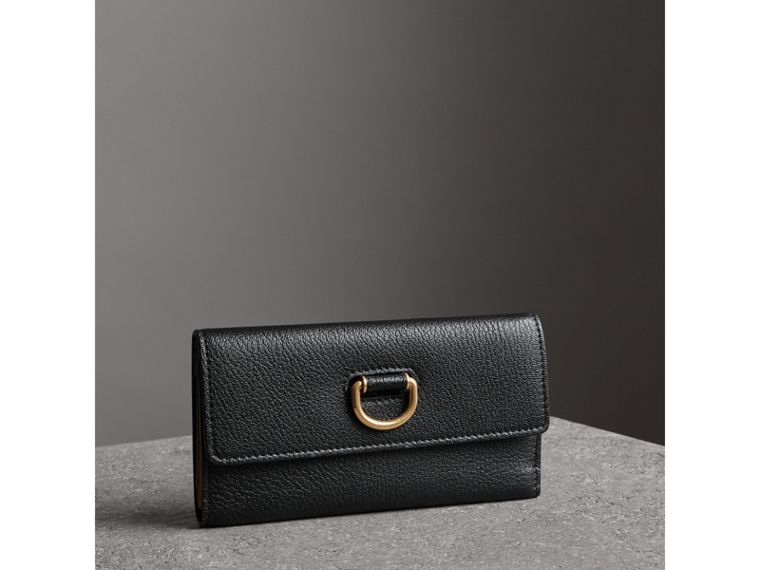 D-ring Grainy Leather Continental Wallet in Black - Women | Burberry United Kingdom - cell image 4
