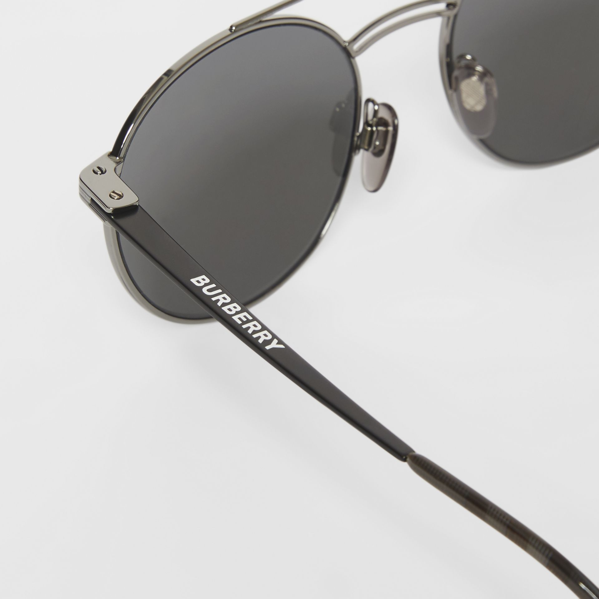 Top Bar Detail Round Frame Sunglasses in Gunmetal/dark Green - Men | Burberry - gallery image 1