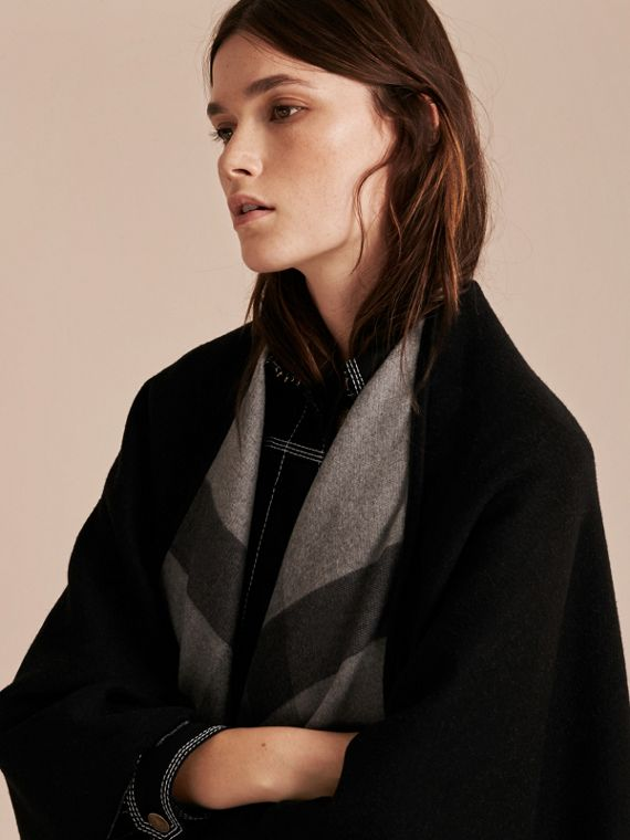 Reversible Check Merino Wool Poncho in Charcoal - cell image 3