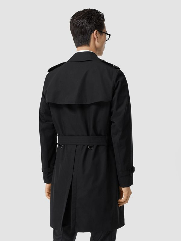 The Chelsea Heritage Trench Coat in Black - Men | Burberry - cell image 2