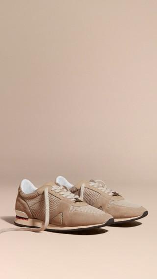 Tennis Field Sneaker en cuir velours et matière filet