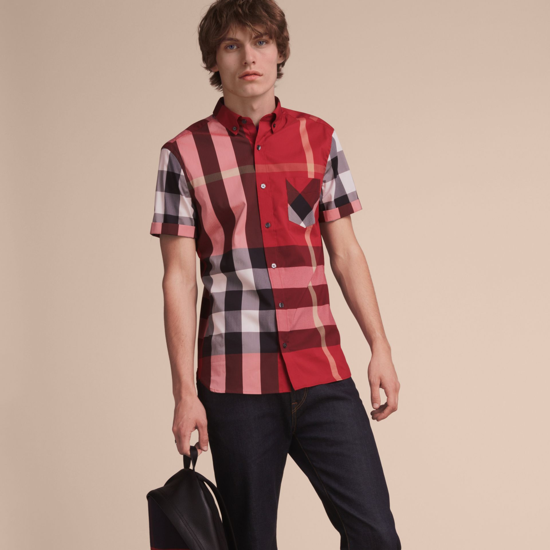 Short-sleeve Check Stretch Cotton Blend Shirt in Parade Red - Men | Burberry Canada - gallery image 6