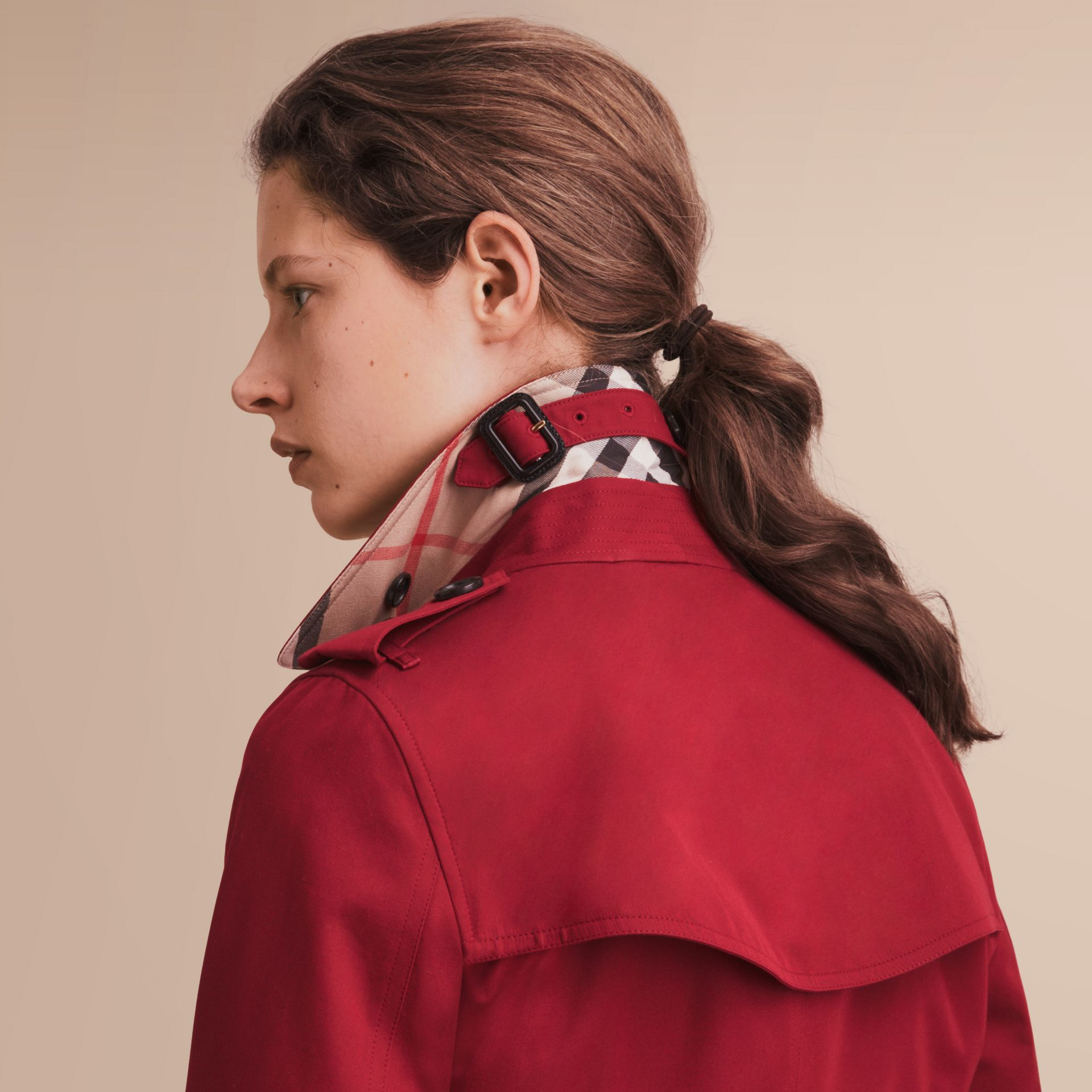 The Kensington – Mid-Length Heritage Trench Coat in Parade Red - Women | Burberry - gallery image 5