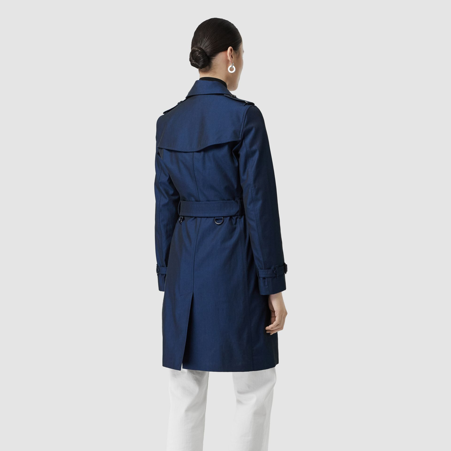 Kensington Fit Tropical Gabardine Trench Coat in Bright Regency Blue - Women | Burberry United Kingdom - gallery image 2