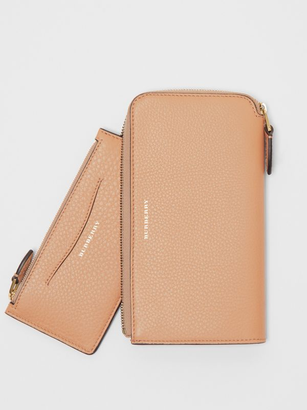 Two-tone Leather Ziparound Wallet and Coin Case in Light Camel - Women | Burberry - cell image 3