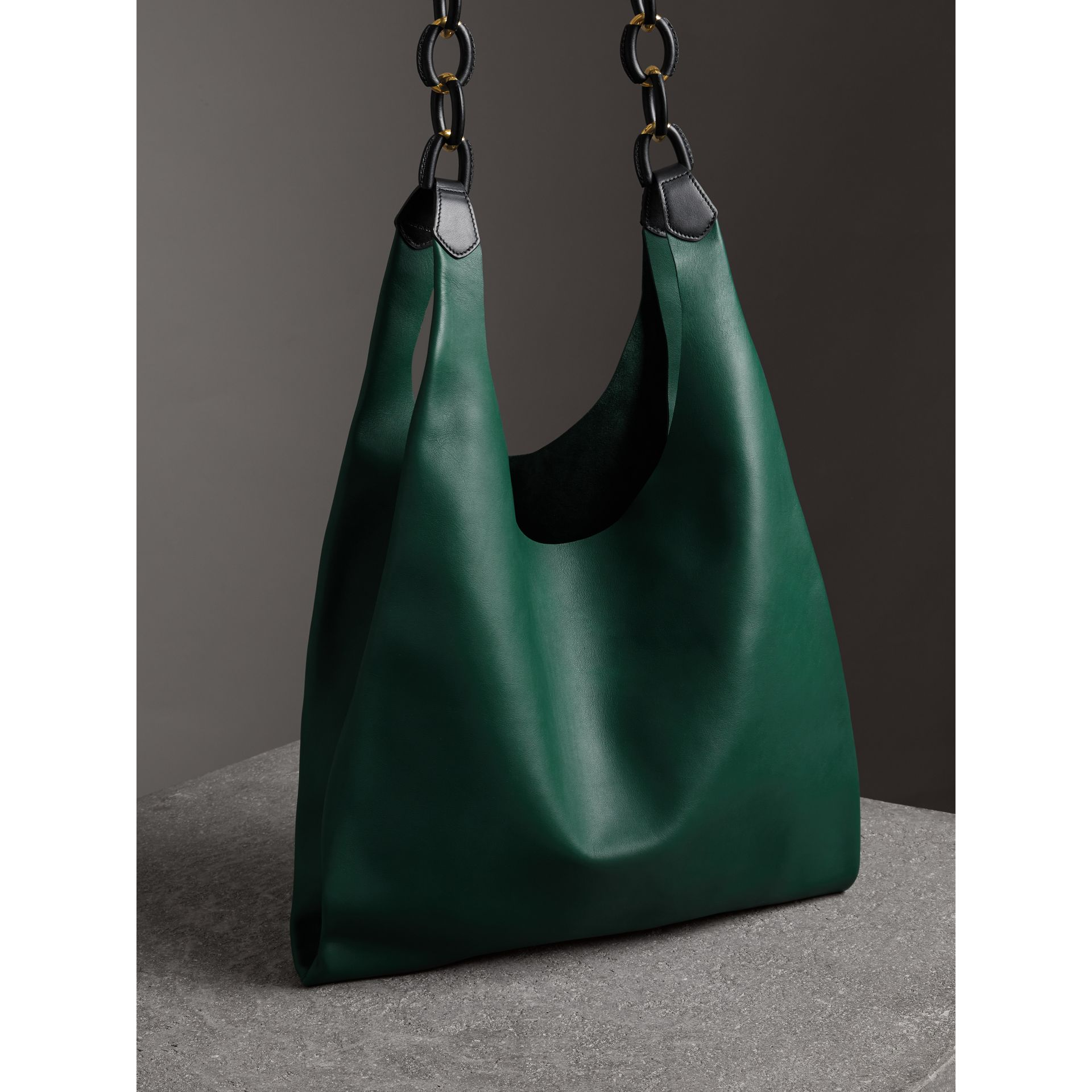 Medium Two-tone Leather Shopper in Racing Green - Women | Burberry - gallery image 4