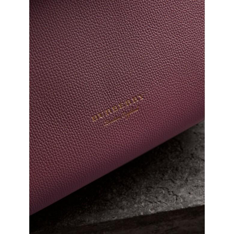 Burberry - Sac tote medium en cuir grainé et coton House check - 2
