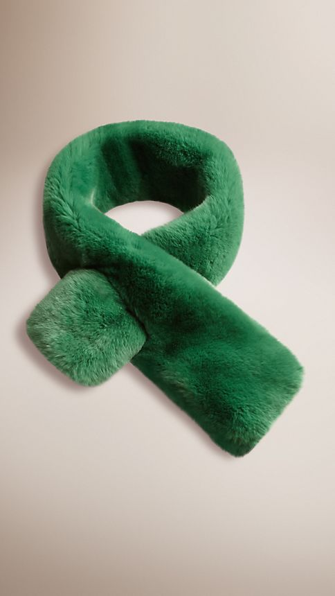 Bright pine green Rabbit Fur Collar - Image 1