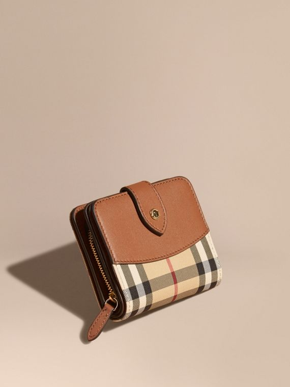 Horseferry Check and Leather Wallet in Tan