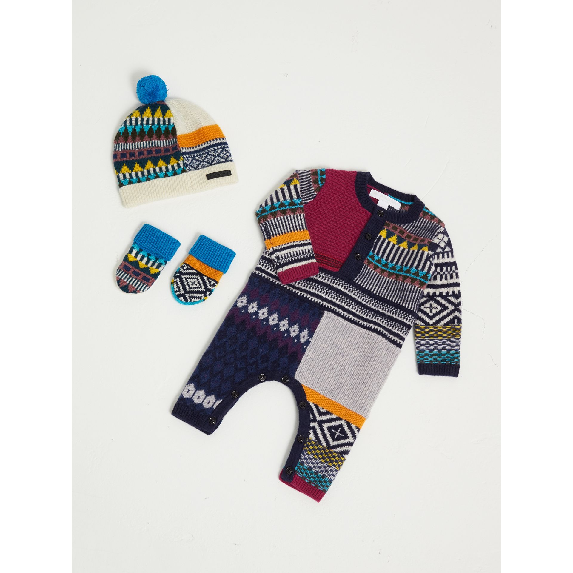 Patchwork Wool Cashmere Three-piece Baby Gift Set in Red/navy | Burberry - gallery image 0