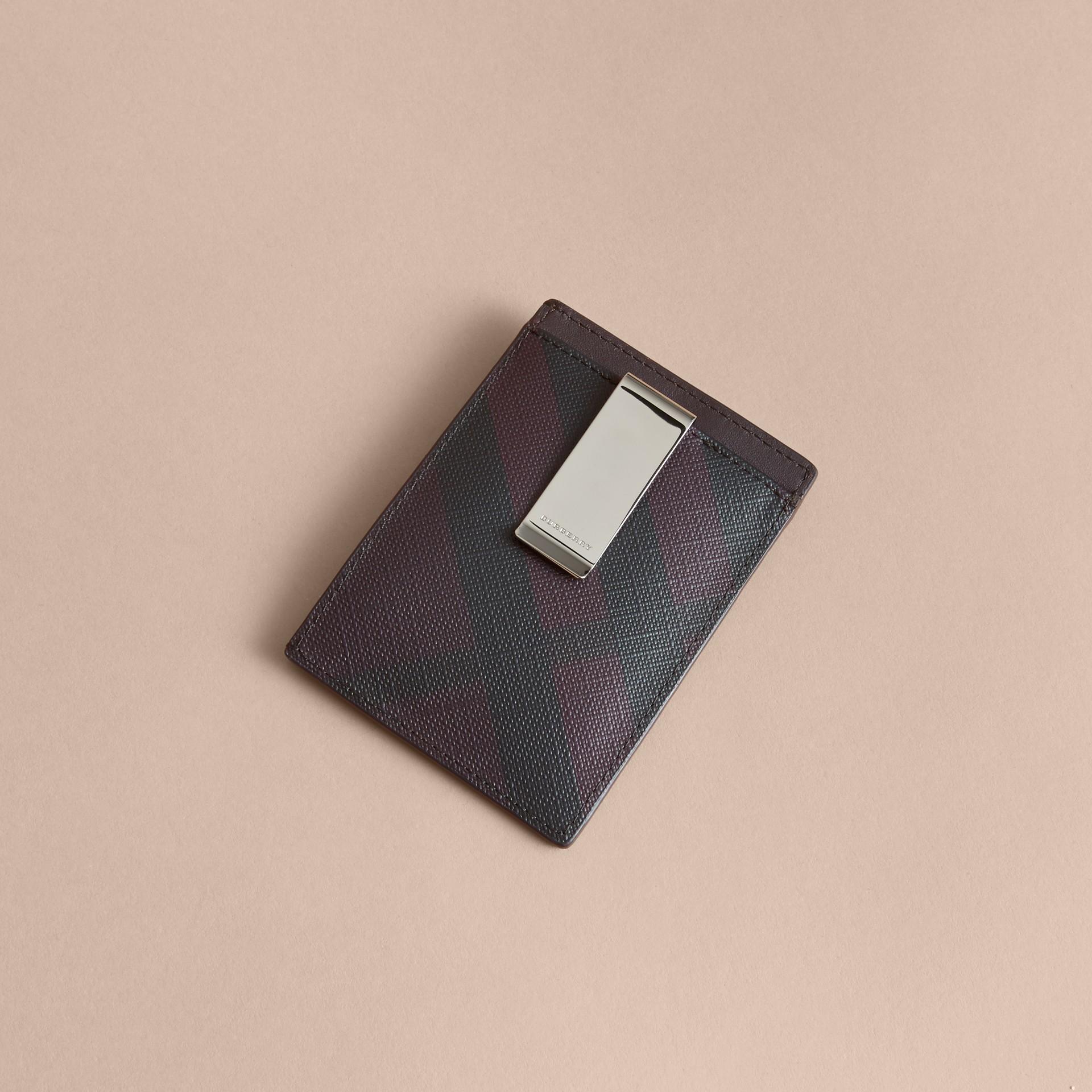 London Check Money Clip Card Case in Deep Claret - Men | Burberry - gallery image 3